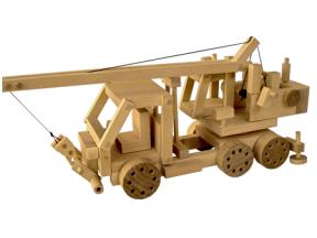 Sunkvežimis su kranu-konstruktorius