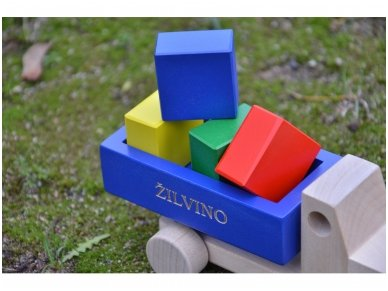 Truck with blocks 17