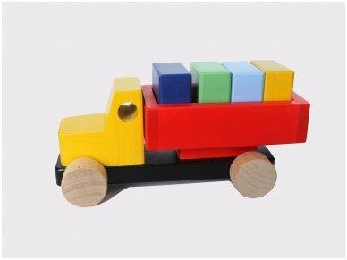 Sunkvežimis su kaladėlėmis 10