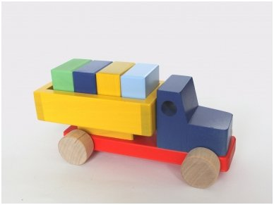 Truck with blocks 7