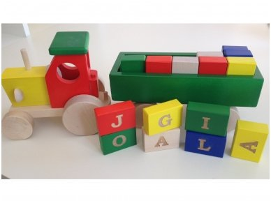 Tractor with blocks 7
