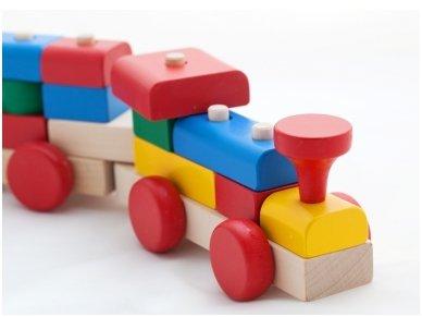 Traukinukas su kaladėlėmis 3