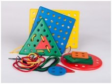 Montessori lacing toy