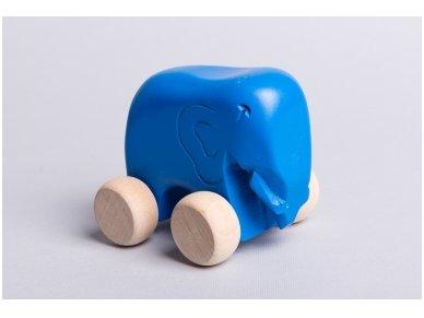 Little elephant on wheels 9